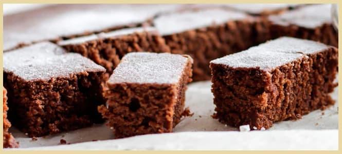 bizcochuelo de chocolate esponjoso